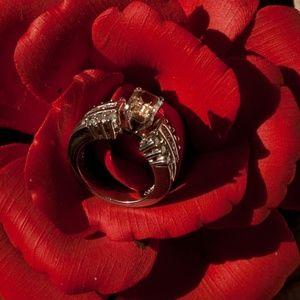 Jewelry - Platinum sapphire and diamond ring